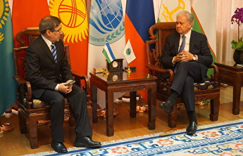 SCO Secretary-General meets with Uzbekistan's ambassador