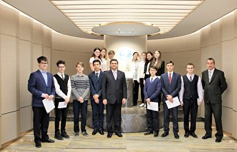 An open day for students from the Russian Embassy's school in China