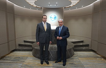 SCO Secretary-General holds meeting with Latvian Ambassador to China