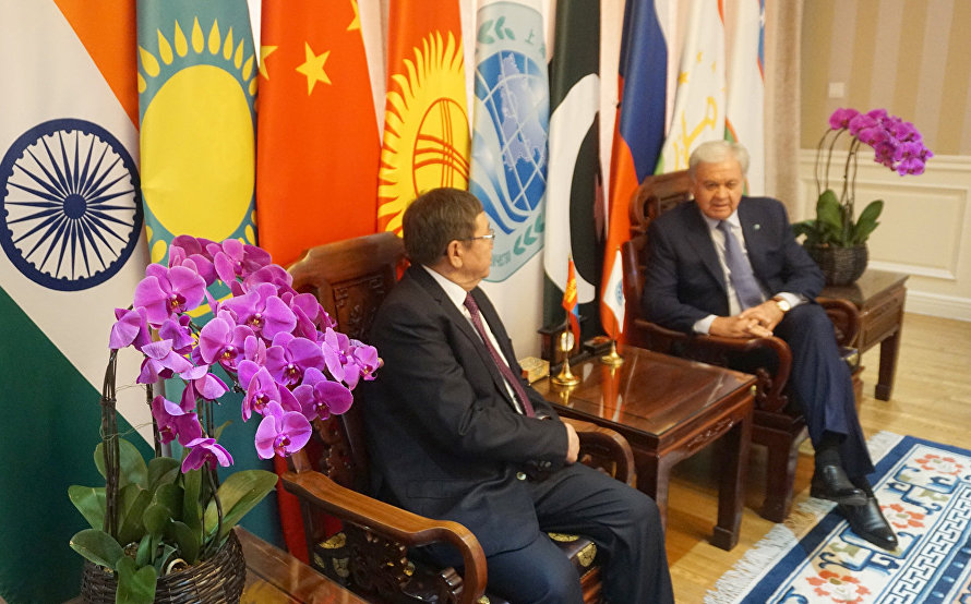 The meeting with Mongolian Ambassador to China