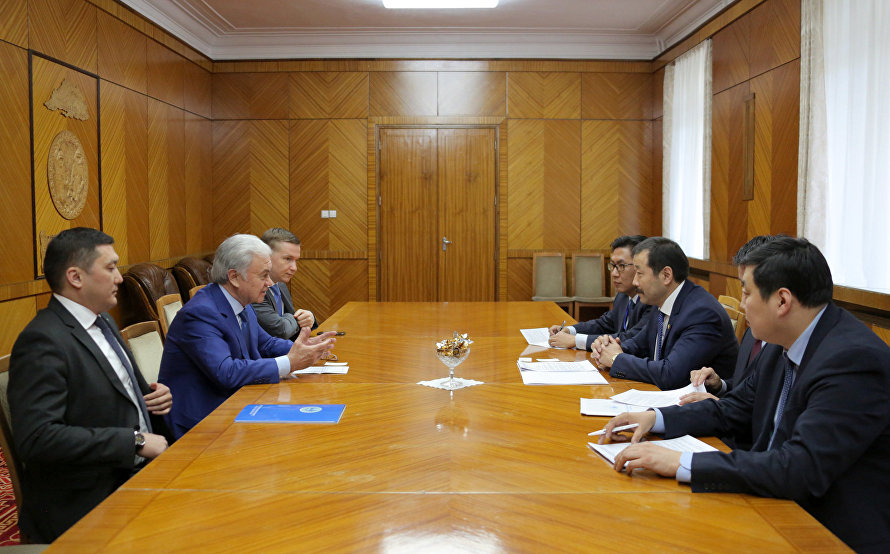 The SCO Secretary-General meets with the Mongolian Minister of Road and Transport Development