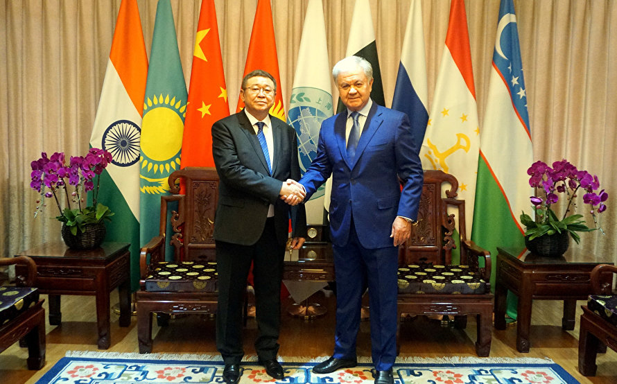SCO Secretary-General meets with Mongolian Ambassador to China