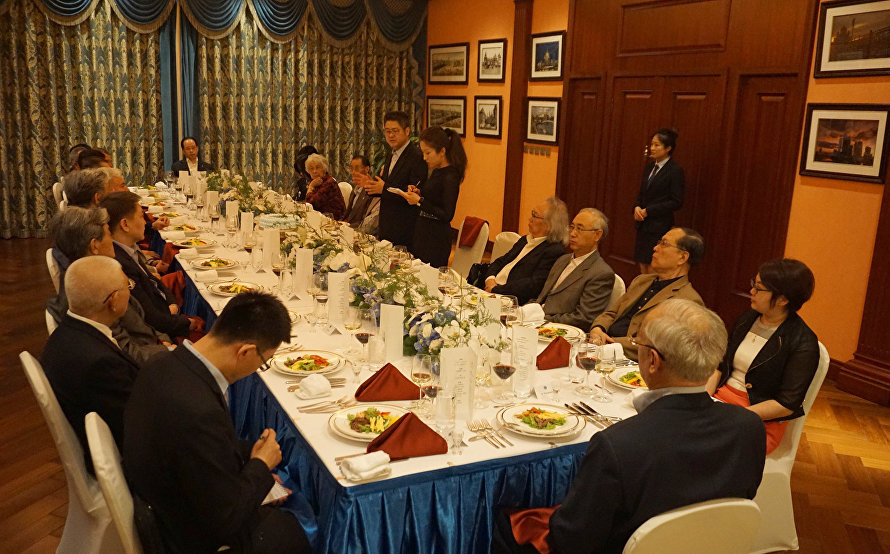 The SCO Secretary-General meets with diplomats who were present at the organisation's inception