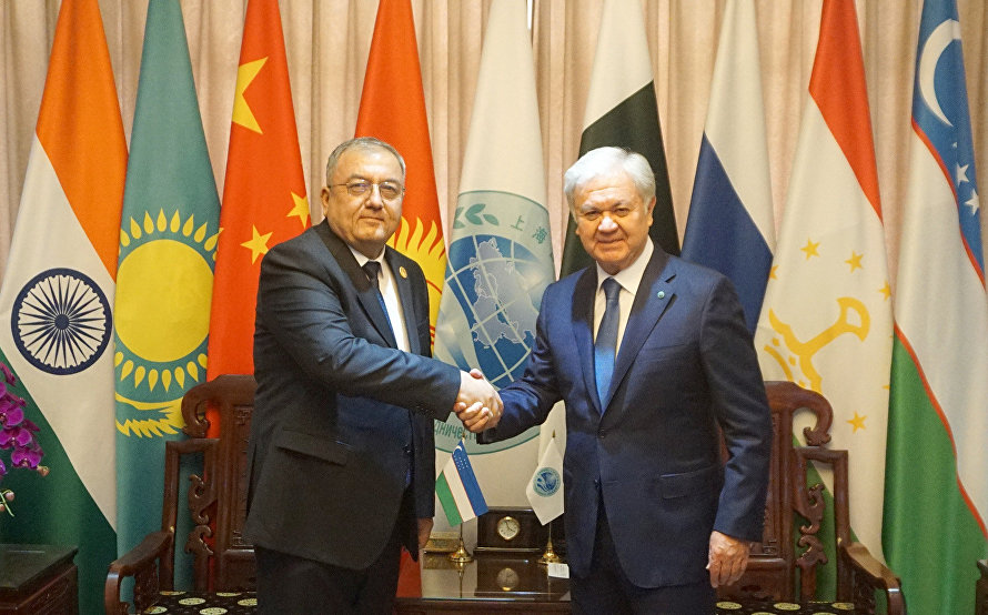 Meeting between SCO Secretary-General Rashid Alimov and Chief Justice of the Supreme Court of the Republic of Uzbekistan Kozimjan Kamilov