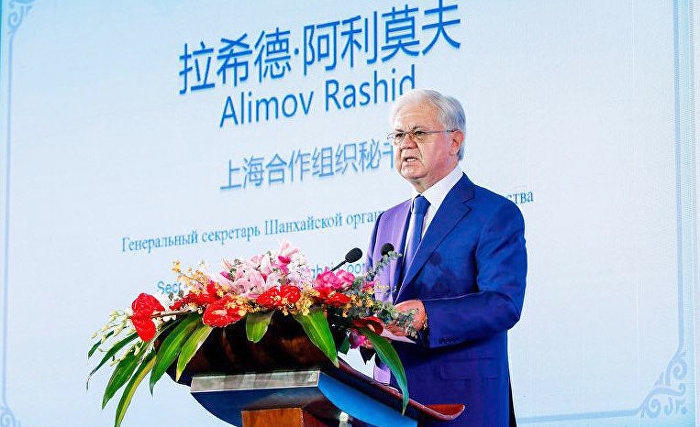 "On 25 October 2018, an international forum on expanding the Shanghai Spirit and facilitating the development of culture and tourism opened in Shanghai.   The forum brought together over 200 noted scientists and public activists, diplomats and experts from the SCO Family's countries. Forum delegates will review philosophical, ideological and practical aspects of the Shanghai Spirit, the key imperative of the SCO's model for diverse multilateral cooperation, in a broad context.  SCO Secretary-General Rashid Alimov was the forum's key speaker.  ""The Shanghai Spirit concept, formalised in the SCO Charter, broadly defined the SCO's ideological and political essence and outlined its internal mechanisms. The principles of non-interference in the domestic affairs of all the participants and respect for their sovereignty were chosen as the unshakeable pillars of the SCO's ideology,"" the Secretary-General noted. ""In the past 15 years, the comprehensive Shanghai Spirit concept has become firmly embedded in diplomatic vocabulary, and it has enriched the theory and practice of modern international relations,"" he said.  The Secretary-General dwelled in detail on the practice of expanding interstate relations in line with the Shanghai Spirit and noted that ""the cooperation-by-consensus model, established by founding states in the early 21st century, has passed the test of time, and the Organisation which is following its own path has won the genuine trust of the international community.""  According to the Secretary-General, ""against the backdrop of the complex global processes, one thing is becoming increasingly apparent: humanity is united by a common destiny, and the fastest possible elimination of dividing lines can become a powerful impetus for ushering in an entirely new stage in the development of global civilisation. The wide range of ethnic groups, nations, religions and civilisations in the 18 countries that make up the SCO family, with a population of 3.2 billion, imparts a particularly bright multicultural tinge to the association.""   The Secretary-General recalled that the SCO's humanitarian space was linked with the names of the greatest thinkers and outstanding pioneering scientists who made a priceless contribution to the development of human civilisation. The world's main religions, including Buddhism and Hinduism, Christianity and Islam, are widely represented here. Every ninth UNESCO World Heritage site is located in SCO member-states. ""The SCO consistently implements its main civilisational mission: facilitating greater mutual understanding among nations, mutual cognition and permeating, the enrichment and merging of cultures and civilisations, helping popularise the customs and traditions of the nations living within the association's region. This is what brings the peoples of our countries closer together and makes them near and dear,"" Mr Alimov noted.   The Secretary-General believes that the SCO's Eurasian scale attests to the fact that ""at the turn of the 21st century, the leaders of the founding states made the right choice that met the requirements of the early 21st century and also had a global strategic significance encompassing the broadest historical perspective,"" Mr Alimov said. The subsequent discussion involved representatives of SCO member-states, diplomats accredited in China, noted scientists and leading humanities experts from China, the European Union and Southeast and Central Asia. The participants exchanged opinions on topical issues of and prospects for intra-CIS cultural-humanitarian cooperation.   The forum is sponsored by the Shanghai Academy of Social Sciences, the State Research Centre for Inter-Cultural Exchanges and the Shanghai City Hall."