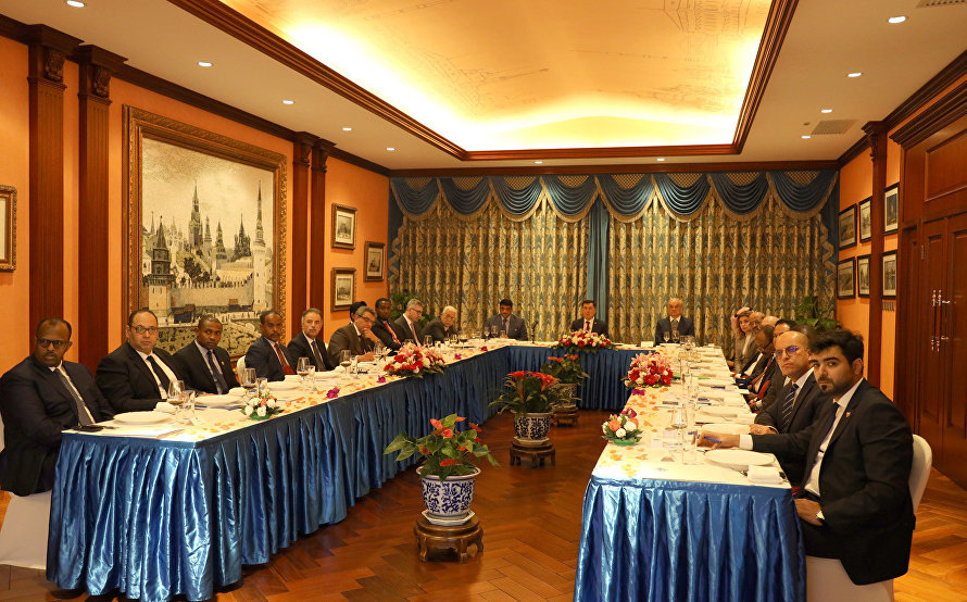 SCO Secretary-General meets with Arab League countries' ambassadors to China