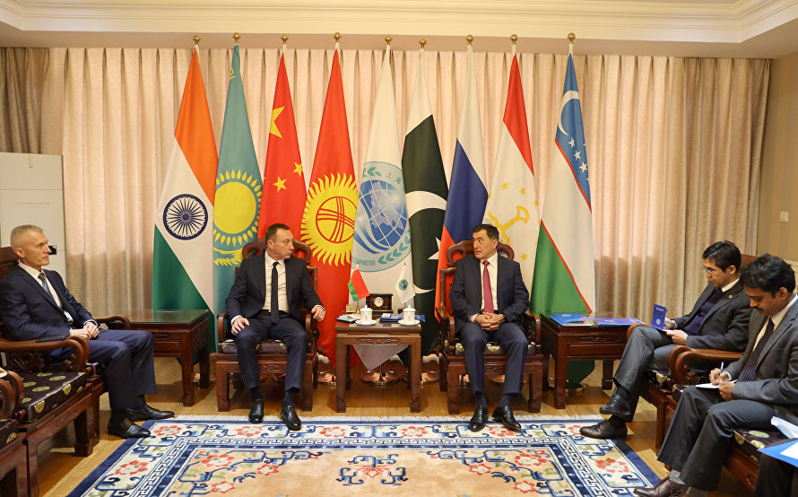SCO Secretary-General meets with Belarusian Ambassador to China