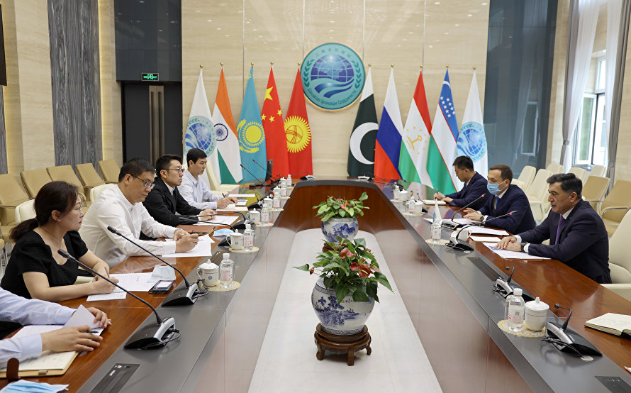 A meeting in the SCO Secretariat with a delegation of the Administrative Committee of the Yangling Agricultural High-tech Industry Demonstration Zone