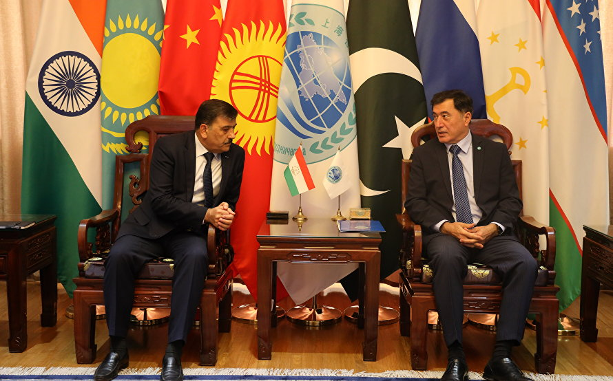 SCO Secretary-General Vladimir Norov meets with new Ambassador of Tajikistan to China