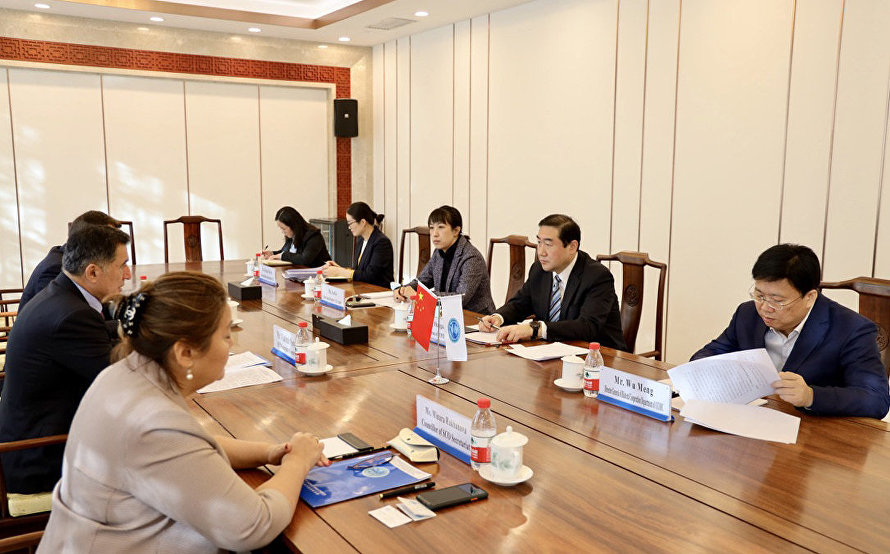 SCO Secretary-General Vladimir Norov's meeting with Chairman of the SCO Business Council National Branch from China Zhang Shaogang
