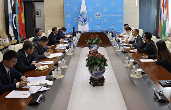 SCO Secretary-General receives Vice President of China Association of Trade in Services
